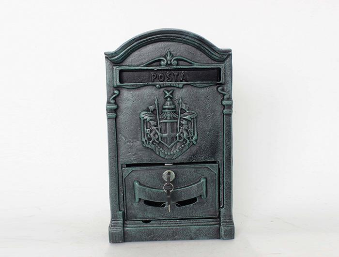 Cast Iron Mail Box AI07144