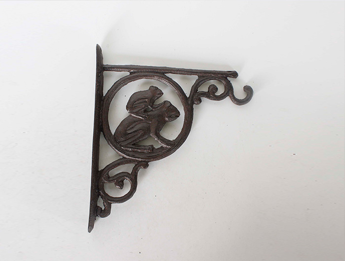 Cast Iron Corner Hook AI09403