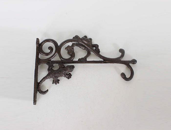 Cast Iron Corner Hook AI10093